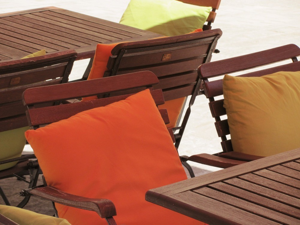 Brighten Up Your Patio For Summer